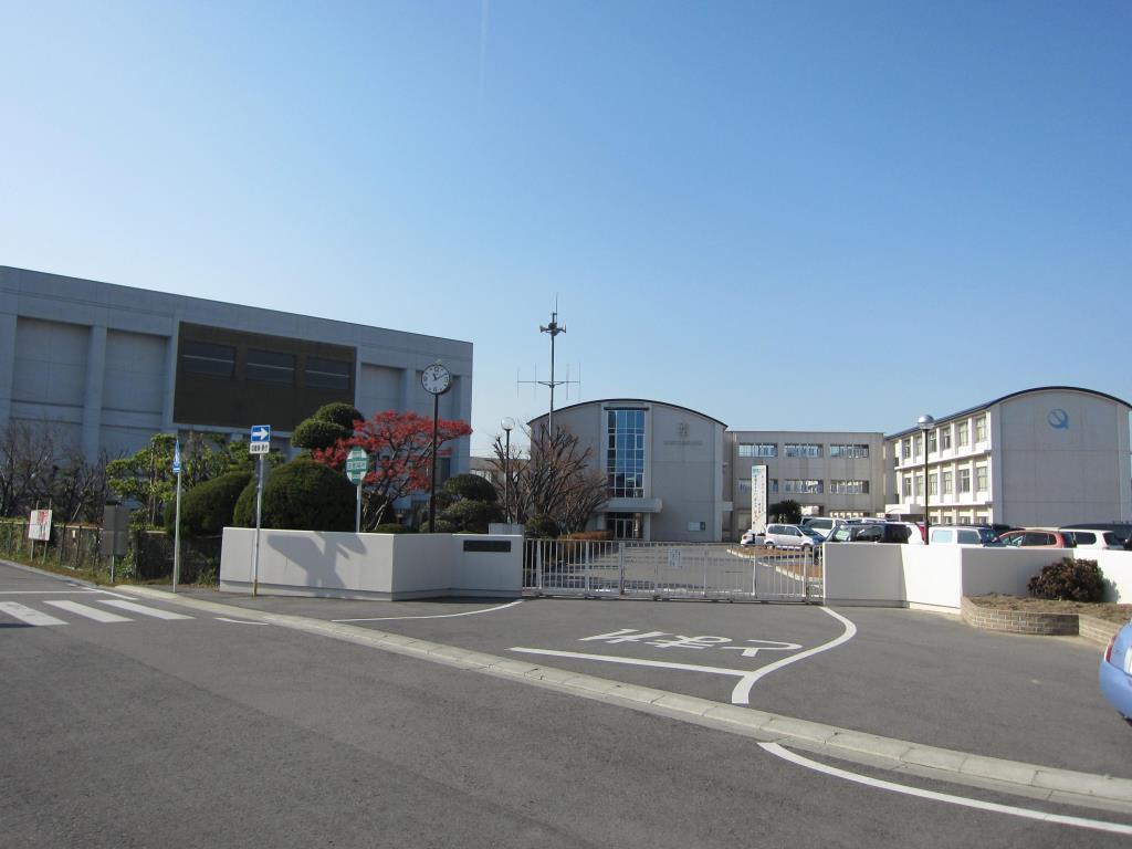 鶴城中学校(周辺)